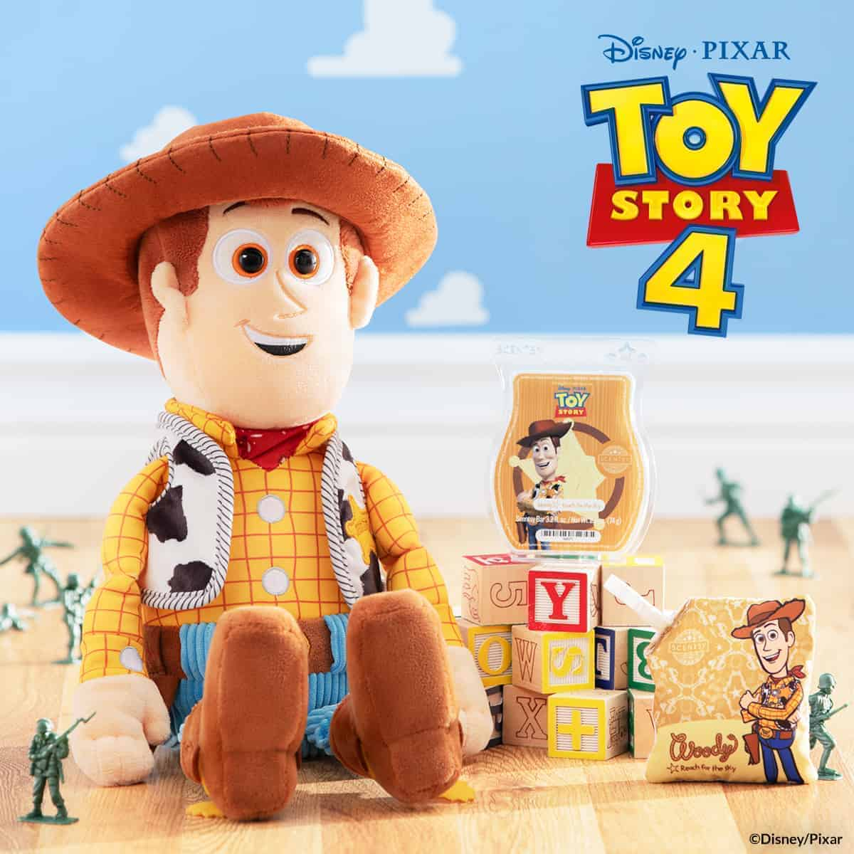 Woody Scentsy Buddy with Bar